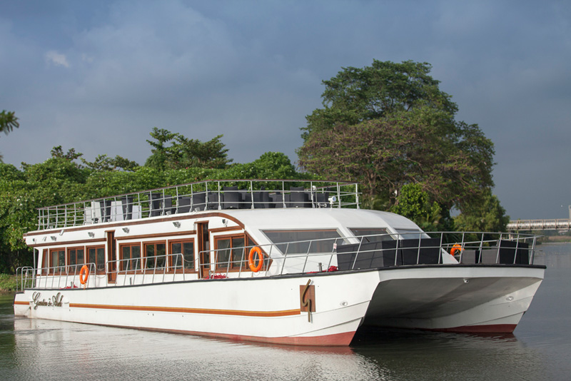 Private Boat Hire in Sri Lanka